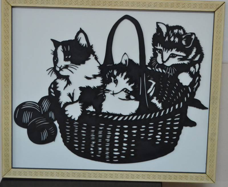 Cats in the basket for laser