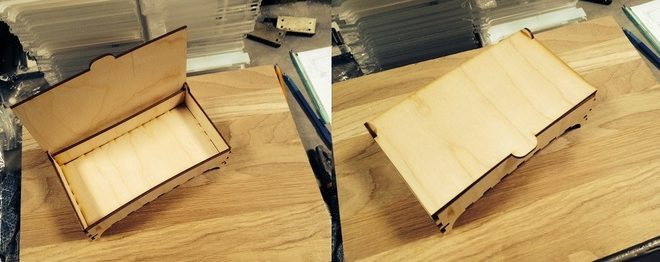 box with movable lid