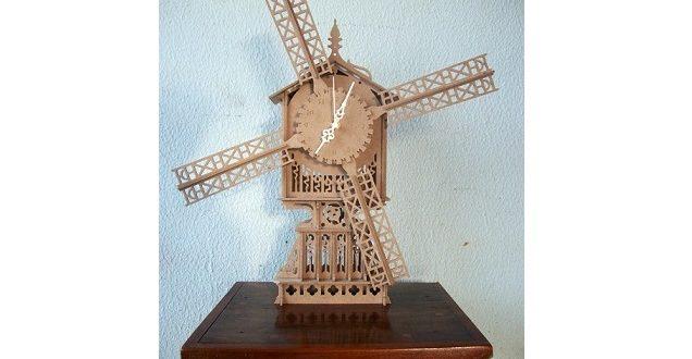 Wind clock