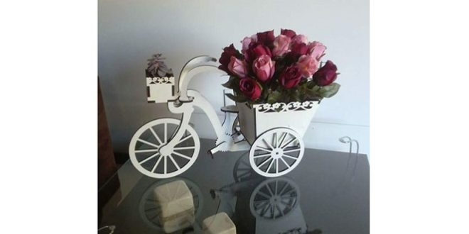 Bicycle for decoration with cachepot