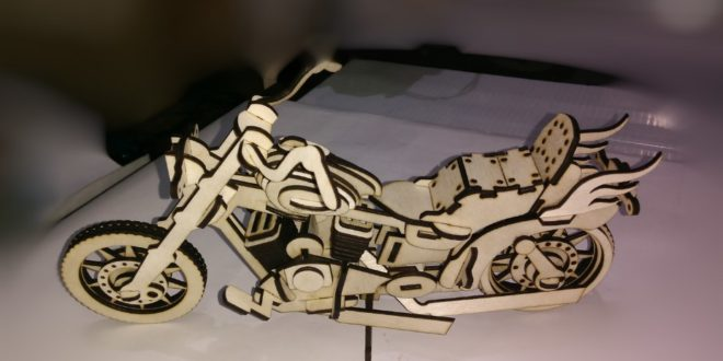 Harley Davidson motorcycle original design 3mm being able to adjust the scale / proportion