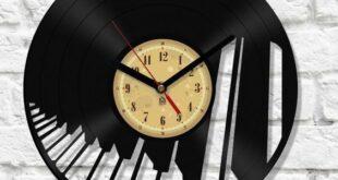 Free vector Vinyl Clock Piano