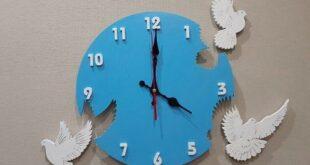 Free wooden clock pigeons